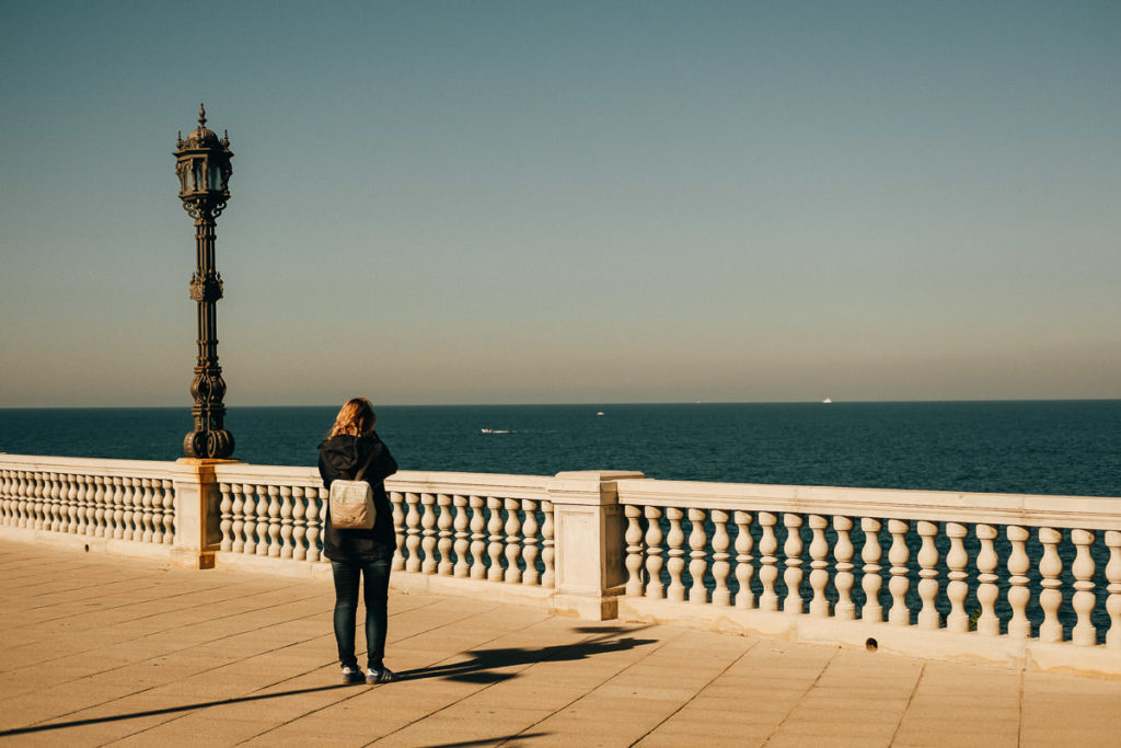 Promenade am Meer in Cádiz.
