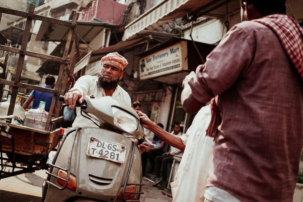 Moped in Old Delhi, Indien
