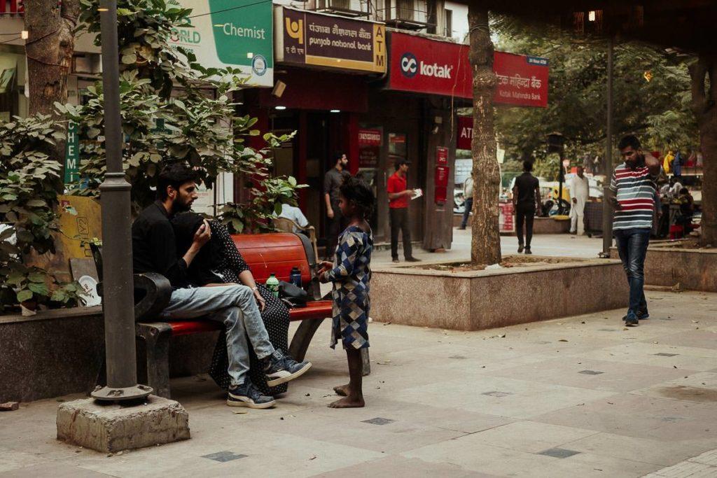 Bettelndes Kind in Delhi