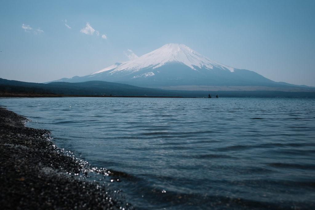 Perfekter Blick auf den Mount Fuji am Yamanakako.