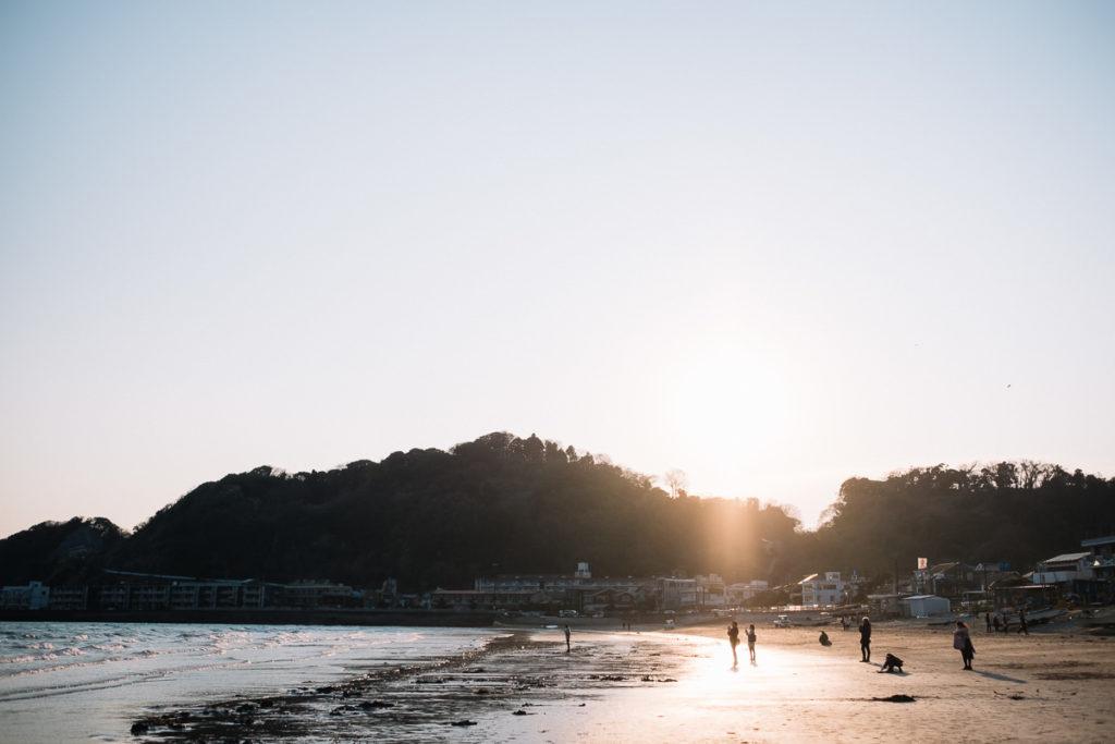 Strand in Kamakura bei Tokio