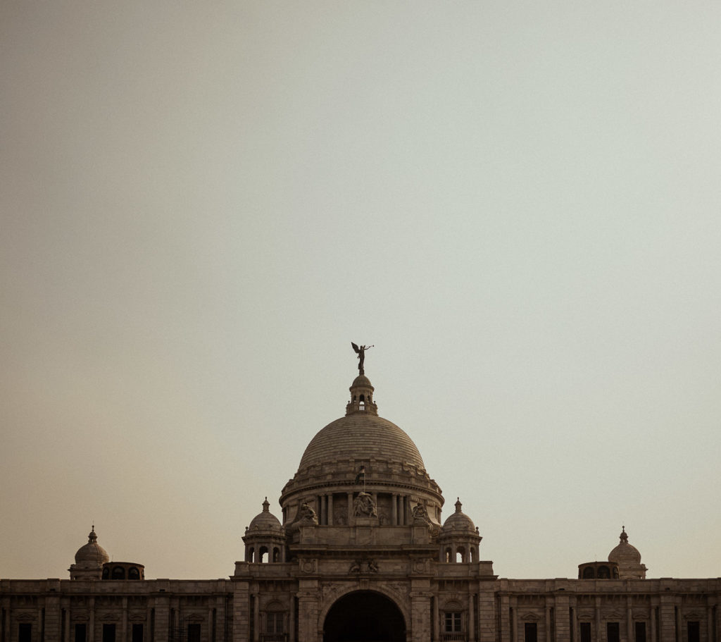 Sightseeing in Kolkata: Victoria Monument.