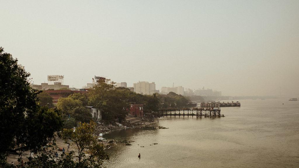 Fluss Hugli in Kolkata.