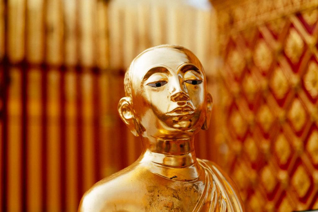 Buddha-Statue im Wat Phra That Doi Suthep