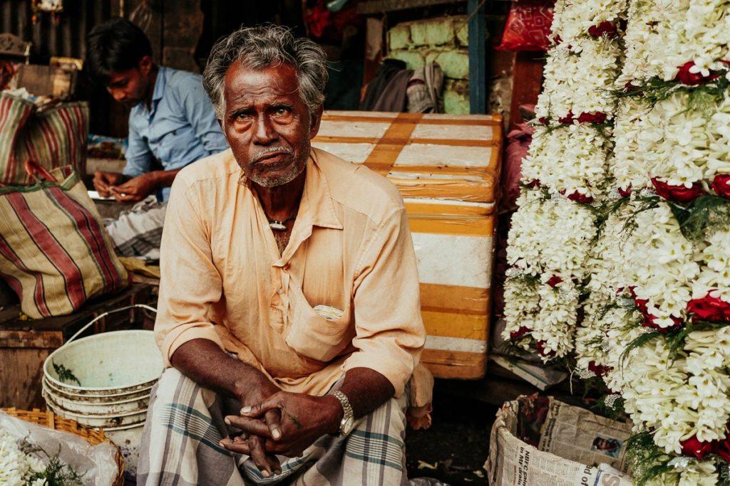 Blumenstand auf dem Flower Market in Kolkata.