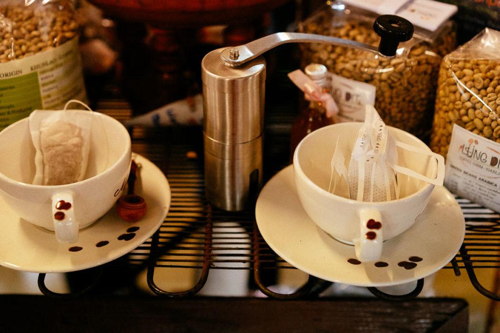 Filterkaffee im Portionsbeutel für je eine Tasse